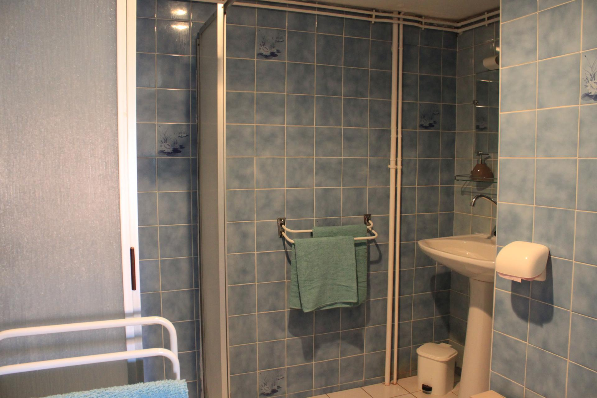 salle de bain privative pour chaque chambre
