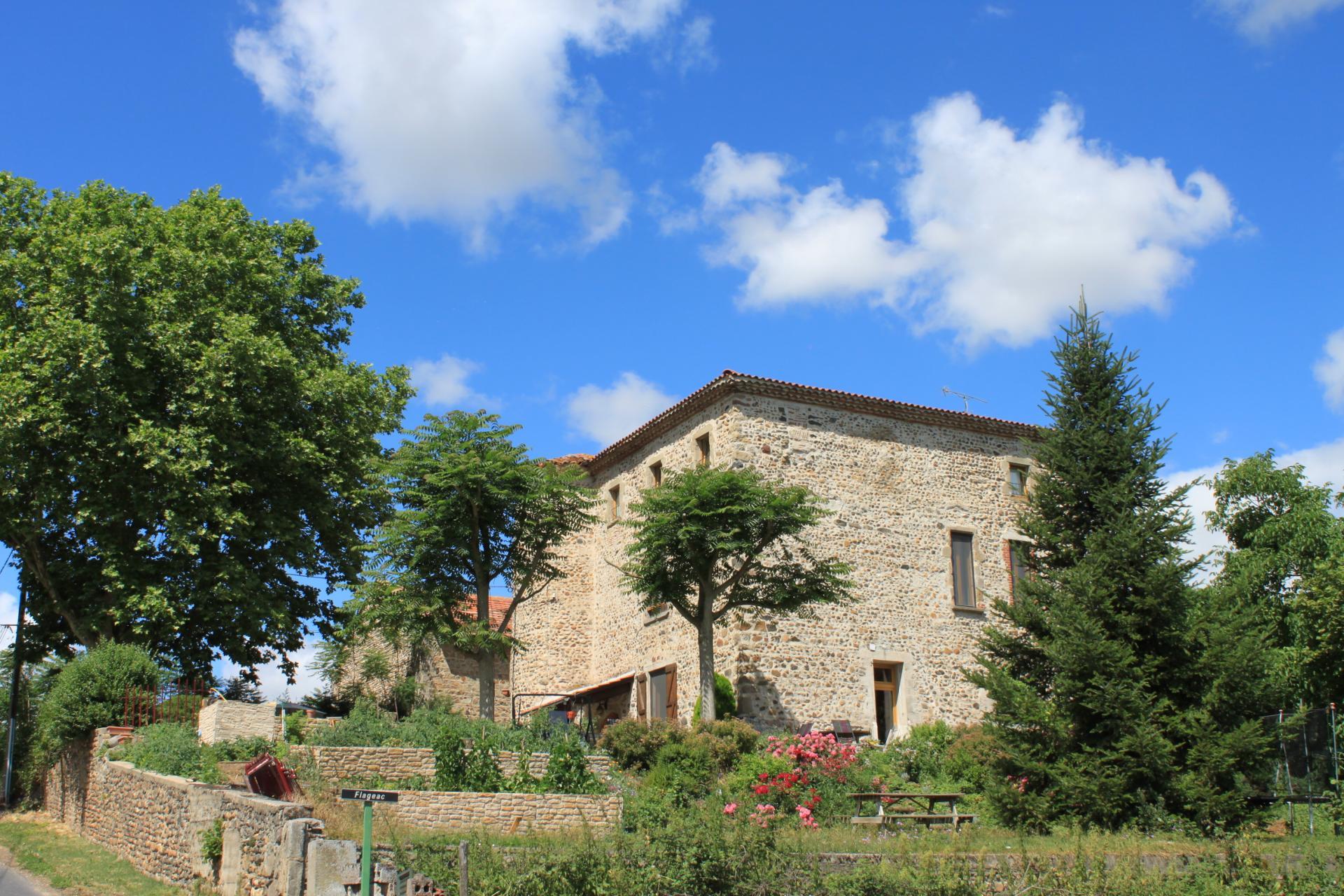 Chambres d h´te maison forte de Flageac Brioude 43 Auvergne